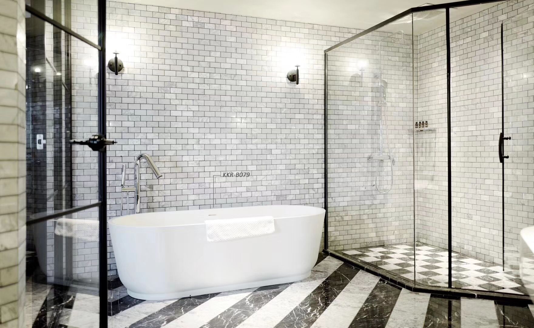 What is the best material for a bathtub?